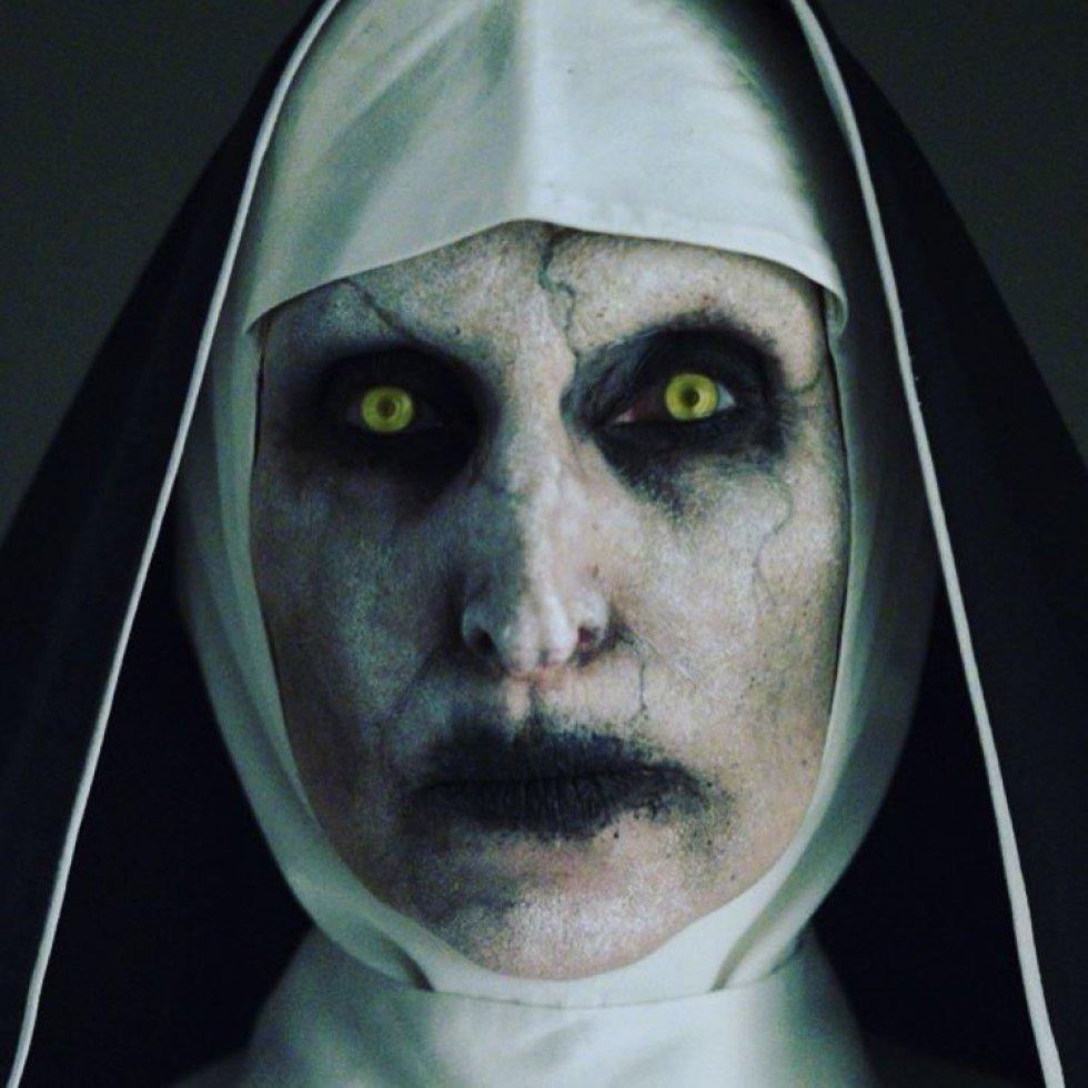 monja de el conjuro 2 en fotos bonnie aarons la actriz detrás de