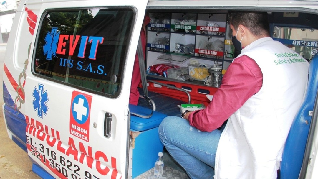 Ya hay plan para regular ambulancias